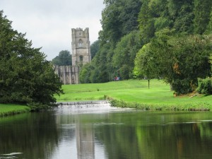 Fountain_Abbey-001